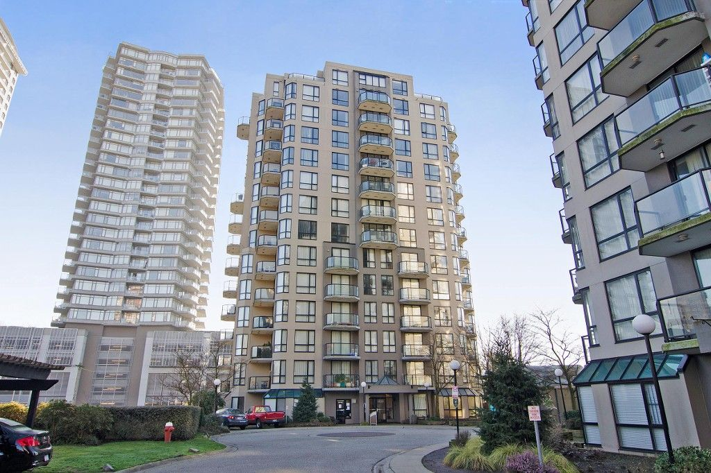 """Photo 21: Photos: PH3 828 AGNES Street in New Westminster: Downtown NW Condo for sale in """"WESTMINSTER TOWERS"""" : MLS®# R2153031"""