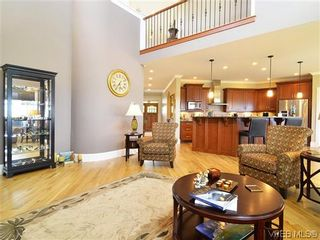 Photo 4: 1121 Bearspaw Plat in VICTORIA: La Bear Mountain House for sale (Langford)  : MLS®# 628956