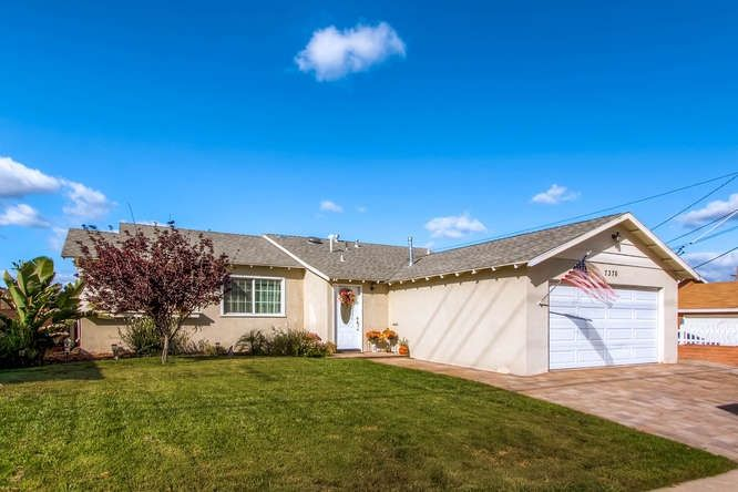 Main Photo: SAN DIEGO House for sale : 3 bedrooms : 7376 Gribble