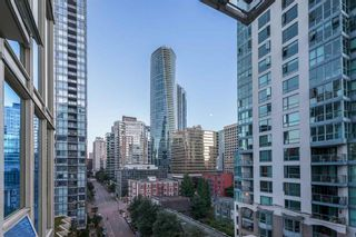 Photo 10: 2502 1277 MELVILLE ST in VANCOUVER: Condo for sale