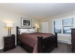 Photo 9: 410 490 Marsett Pl in VICTORIA: SW Royal Oak Condo for sale (Saanich West)  : MLS®# 747661