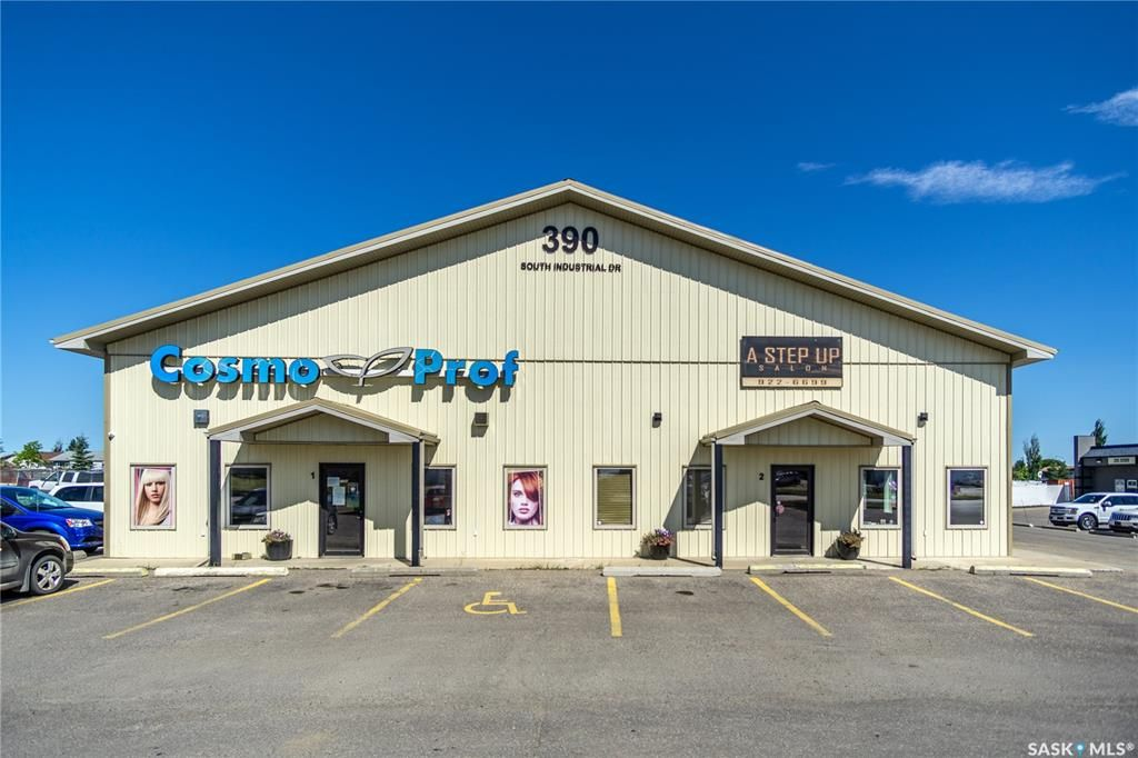 Main Photo: 390 South Industrial Drive in Prince Albert: South Industrial Commercial for sale : MLS®# SK821264