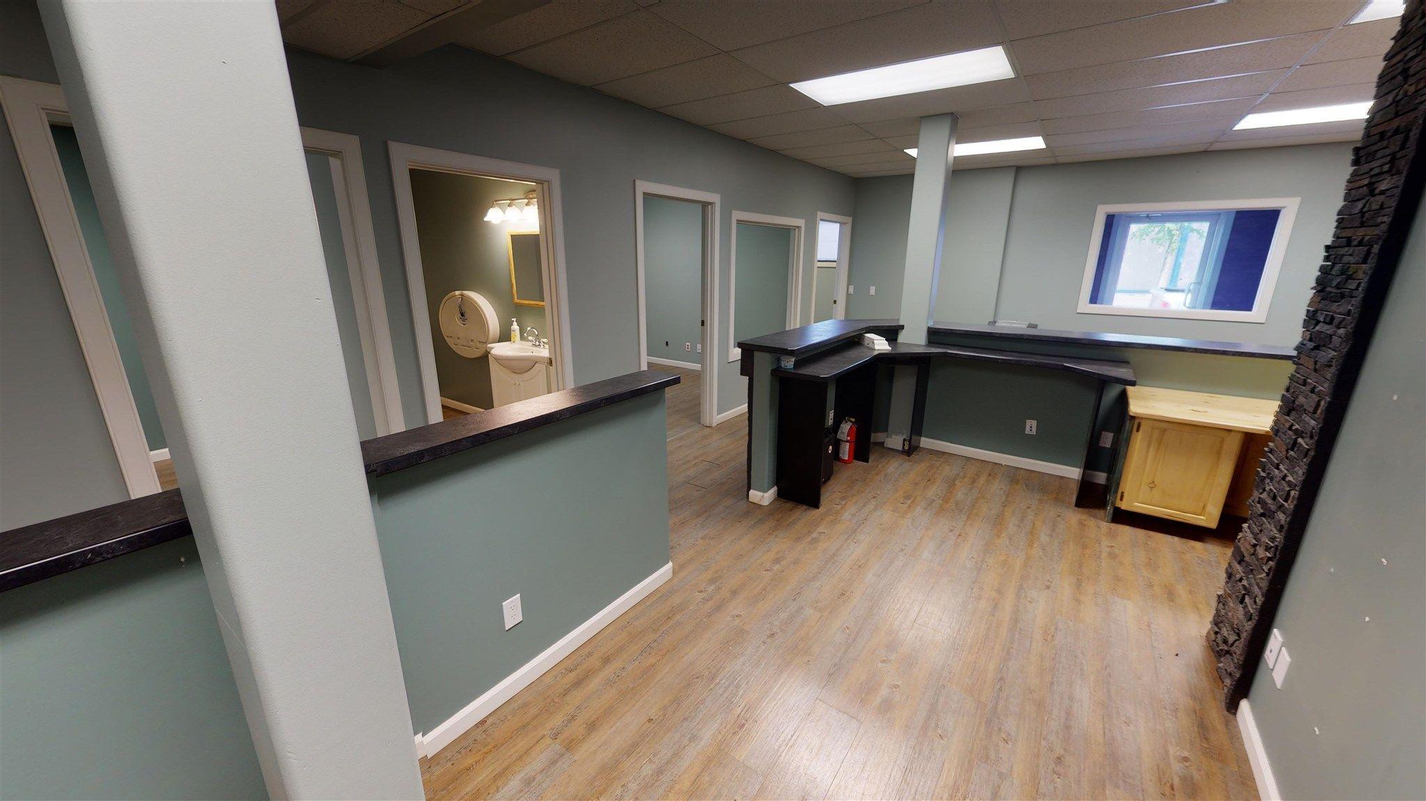Photo 10: Photos: 10067 100 Avenue in Fort St. John: Fort St. John - City NW Office for sale (Fort St. John (Zone 60))  : MLS®# C8039097