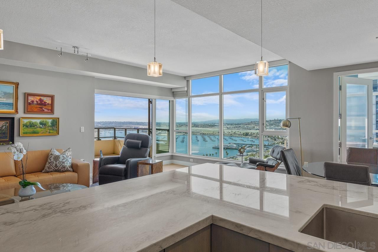 Main Photo: DOWNTOWN Condo for sale : 3 bedrooms : 1205 Pacific Hwy #2602 in San Diego
