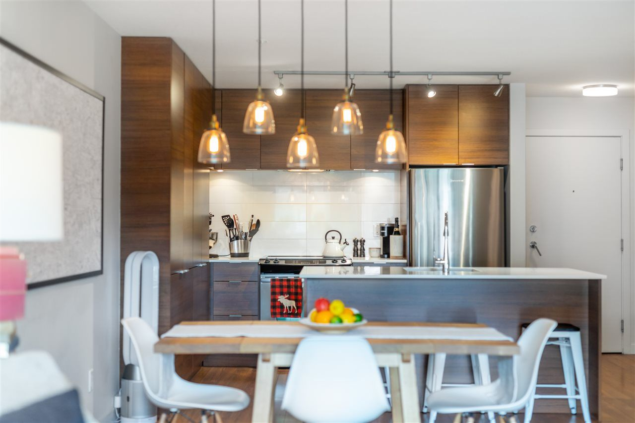 "Main Photo: 402 1677 LLOYD Avenue in North Vancouver: Pemberton NV Condo for sale in ""DISTRICT CROSSING"" : MLS®# R2489283"