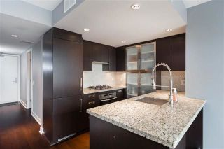 """Photo 7: 1802 1055 RICHARDS Street in Vancouver: Downtown VW Condo for sale in """"Donovan"""" (Vancouver West)  : MLS®# R2235366"""