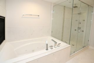 Photo 18: 2003 28 Avenue SW in Calgary: South Calgary Semi Detached for sale : MLS®# A1119479