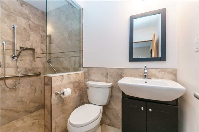 Photo 7: Photos: 913 Walnut Court in Oshawa: Donevan House (Bungalow) for sale : MLS®# E3931287
