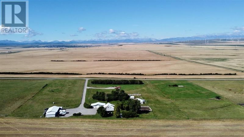 FEATURED LISTING: 6425 Range Road 29-3 Rural Pincher Creek No. 9, M.D. of