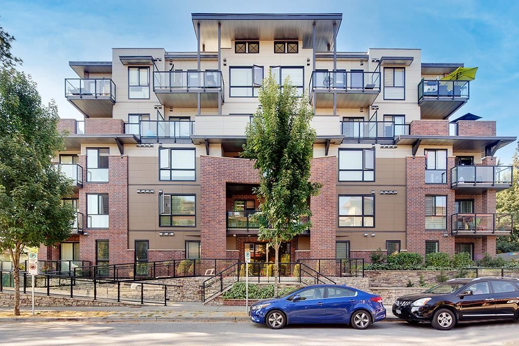 Main Photo: 406 2214 KELLY Avenue in Port Coquitlam: Central Pt Coquitlam Condo for sale : MLS®# R2609669