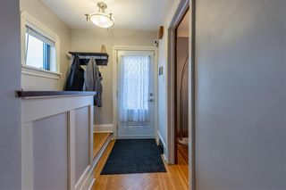 Photo 2: 585 Valour Road in Winnipeg: West End Residential for sale (5C)  : MLS®# 202108506
