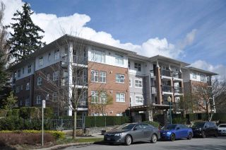 """Photo 1: 301 995 W 59TH Avenue in Vancouver: South Cambie Condo for sale in """"Churchill Gardens"""" (Vancouver West)  : MLS®# R2041932"""