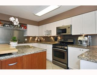 Photo 3: 2807 W 38TH Avenue in Vancouver: Kerrisdale House  (Vancouver West)  : MLS®# V789695