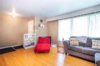 Photo 2: 952 Dugas Street in Winnipeg: Windsor Park Residential for sale (2G)  : MLS®# 1916909