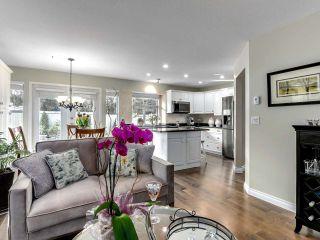 """Photo 11: 36 15860 82 Avenue in Surrey: Fleetwood Tynehead Townhouse for sale in """"OAK TREE"""" : MLS®# R2554842"""