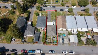 """Photo 19: 3539 COPLEY Street in Vancouver: Grandview Woodland House for sale in """"Trout Lake - Grandview Woodland"""" (Vancouver East)  : MLS®# R2600796"""