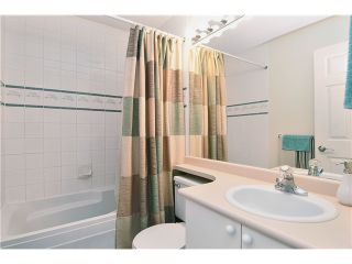 """Photo 8: 307 3709 PENDER Street in Burnaby: Willingdon Heights Townhouse for sale in """"LEXINGTON NORTH"""" (Burnaby North)  : MLS®# V998412"""