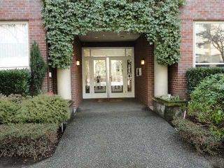 """Photo 1: 107 1230 HARO Street in Vancouver: West End VW Condo for sale in """"1230 HARO"""" (Vancouver West)  : MLS®# V876370"""