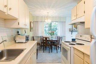 Photo 11: 302 1721 ST. GEORGES AVENUE in North Vancouver: Home for sale : MLS®# R2108093