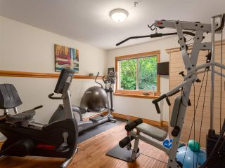 """Photo 15: 210 FURRY CREEK Drive: Furry Creek House for sale in """"FURRY CREEK"""" (West Vancouver)  : MLS®# R2286105"""