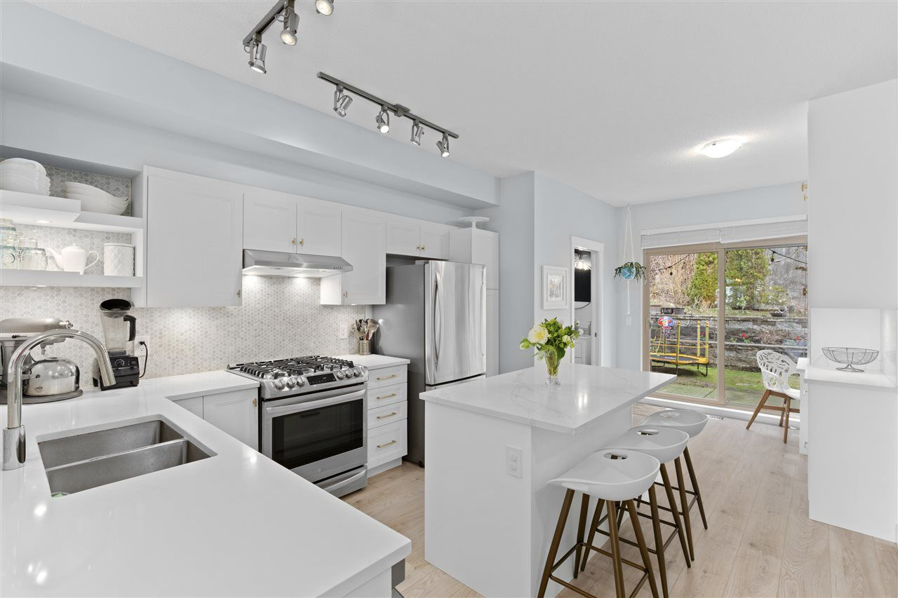 """Main Photo: 4 55 HAWTHORN Drive in Port Moody: Heritage Woods PM Townhouse for sale in """"Cobalt Sky"""" : MLS®# R2559588"""