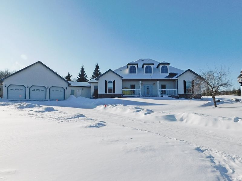 FEATURED LISTING: 57126 Rg Rd 233 Rural Sturgeon County