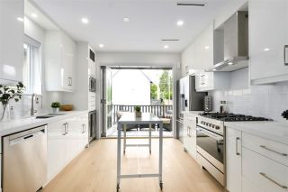 """Photo 8: 1027 KEEFER Street in Vancouver: Strathcona House for sale in """"Keefer Station"""" (Vancouver East)  : MLS®# R2462430"""