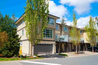 """Photo 2: 74 15405 31 Avenue in Surrey: Grandview Surrey Townhouse for sale in """"NUVO2"""" (South Surrey White Rock)  : MLS®# R2577675"""
