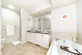 """Photo 13: 31 101 PARKSIDE Drive in Port Moody: Heritage Mountain Townhouse for sale in """"Treetops"""" : MLS®# R2423114"""