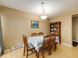"""Photo 6: 5872 MAYVIEW Circle in Burnaby: Burnaby Lake Townhouse for sale in """"ONE ARBOURLANE"""" (Burnaby South)  : MLS®# R2542010"""