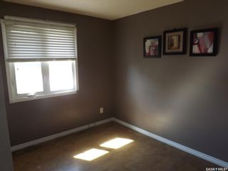 Photo 8: 734 Henry Street in Estevan: Hillside Residential for sale : MLS®# SK828343