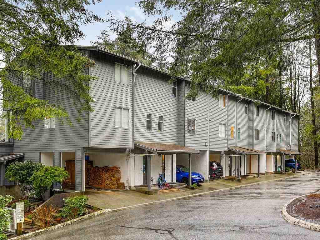 """Main Photo: 20 1240 FALCON Drive in Coquitlam: Upper Eagle Ridge Townhouse for sale in """"FALCON RIDGE"""" : MLS®# R2149716"""