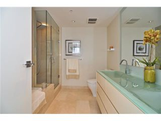 """Photo 13: 1603 8 SMITHE Mews in Vancouver: False Creek Condo for sale in """"Flagship"""" (Vancouver West)  : MLS®# V1064248"""