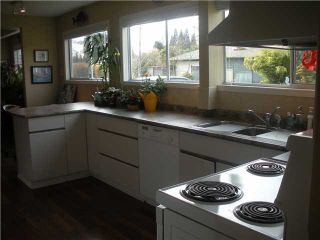 Photo 3: 1224 PINEWOOD Crescent in North Vancouver: Norgate House for sale : MLS®# V932032