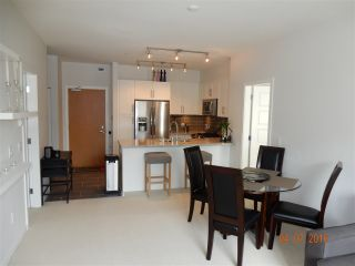 Photo 5: 202 23255 BILLY BROWN ROAD in Langley: Fort Langley Condo for sale : MLS®# R2088862