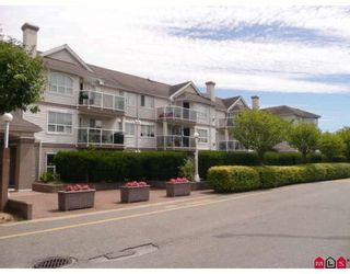 """Photo 37: 113 12769 72ND Avenue in Surrey: West Newton Condo for sale in """"Savoy"""" : MLS®# F2916546"""