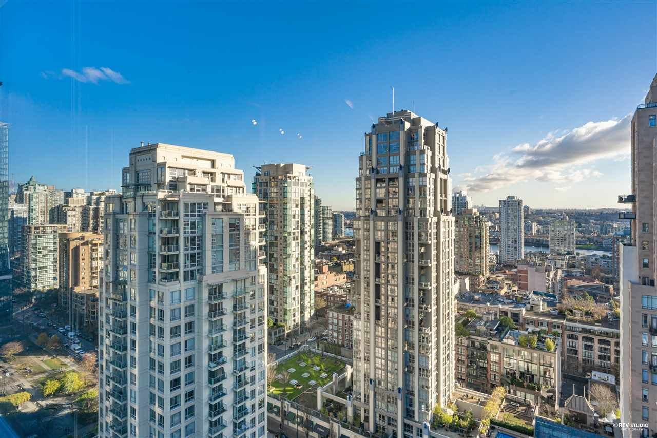 """Photo 5: Photos: 1401 1238 SEYMOUR Street in Vancouver: Downtown VW Condo for sale in """"THE SPACE"""" (Vancouver West)  : MLS®# R2520767"""
