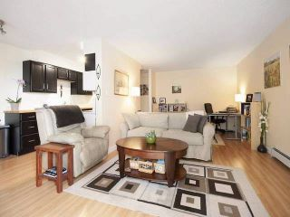 """Photo 2: 108 175 E 5TH Street in North Vancouver: Lower Lonsdale Condo for sale in """"WELLINGTON MANOR"""" : MLS®# V1121964"""