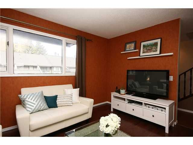 Photo 5: Photos: 505 4935 DALTON Drive NW in CALGARY: Dalhousie Townhouse for sale (Calgary)  : MLS®# C3565264