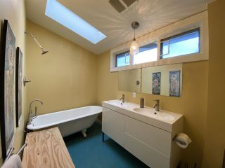 Photo 13: 4015 GLEN Drive in Vancouver: Fraser VE House for sale (Vancouver East)  : MLS®# R2424105