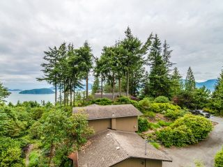 Photo 12: 115 MOUNTAIN Drive: Lions Bay House for sale (West Vancouver)  : MLS®# R2561948