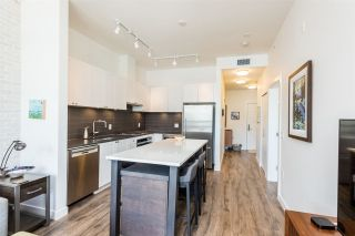 Photo 4: 406 105 W 2ND Street in North Vancouver: Lower Lonsdale Condo for sale : MLS®# R2296490