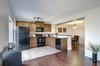 Photo 5: 216 Viewpointe Terrace: Chestermere Row/Townhouse for sale : MLS®# A1138107
