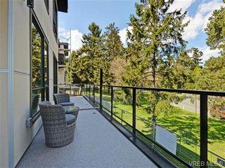 Photo 18: 4 1060 Tillicum Rd in VICTORIA: Es Kinsmen Park Row/Townhouse for sale (Esquimalt)  : MLS®# 717795