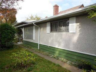 Photo 3: 1615 E 56TH Avenue in Vancouver: Fraserview VE House for sale (Vancouver East)  : MLS®# V1089724