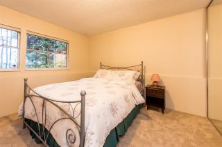 Photo 18: 9284 GOLDHURST Terrace in Burnaby: Forest Hills BN Townhouse for sale (Burnaby North)  : MLS®# R2347920