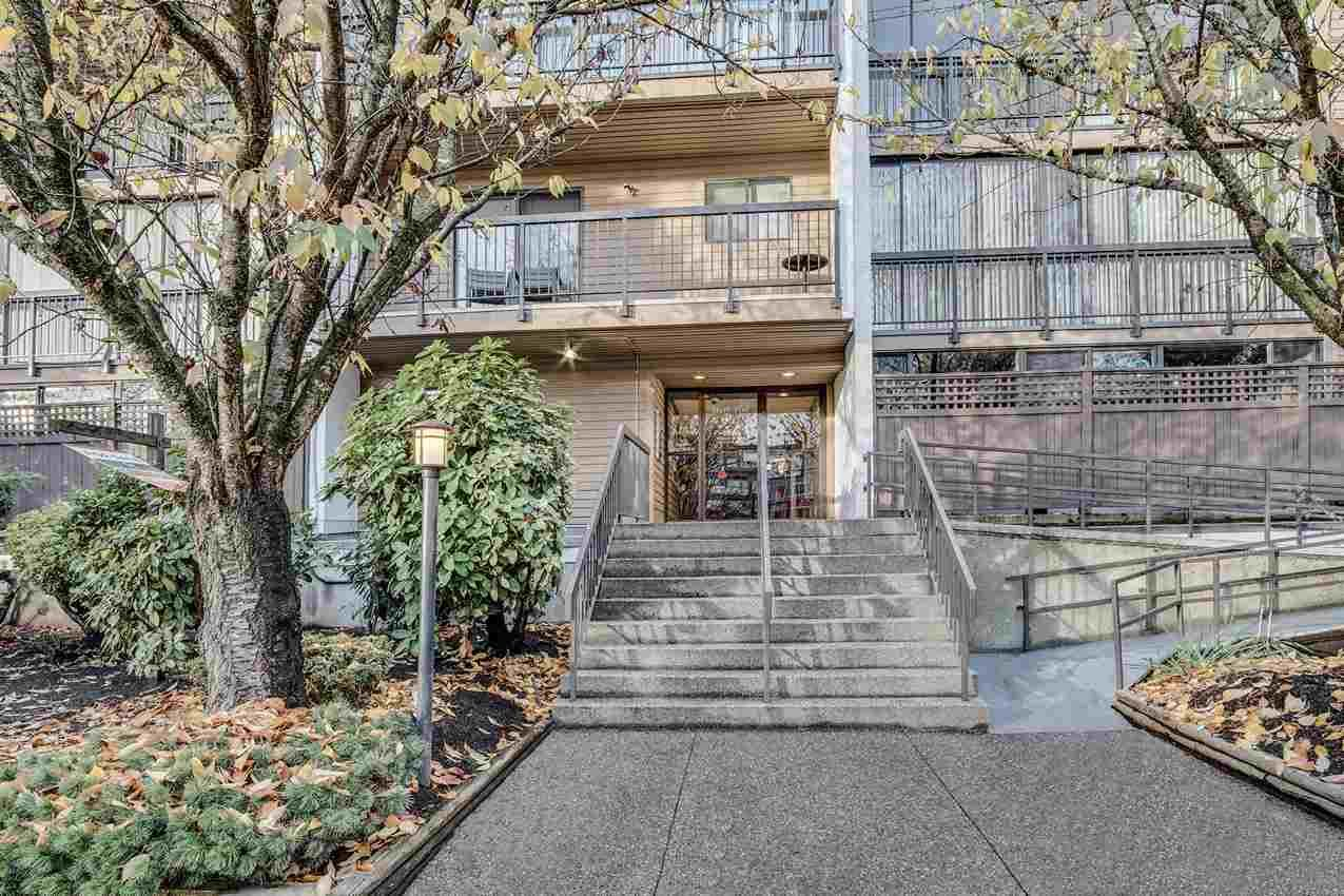 """Main Photo: 102 2245 WILSON Avenue in Port Coquitlam: Central Pt Coquitlam Condo for sale in """"MARY HILL PLACE"""" : MLS®# R2517415"""