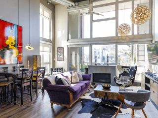 """Main Photo: 417 289 ALEXANDER Street in Vancouver: Strathcona Condo for sale in """"THE EDGE"""" (Vancouver East)  : MLS®# R2488296"""
