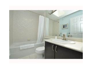 """Photo 7: 304 2741 E HASTINGS Street in Vancouver: Hastings East Condo for sale in """"THE RIVIERA"""" (Vancouver East)  : MLS®# V854945"""