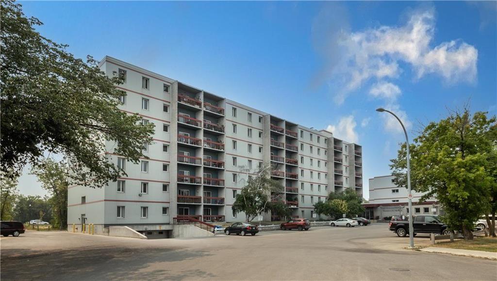 Main Photo: 118 35 Valhalla Drive in Winnipeg: North Kildonan Condominium for sale (3G)  : MLS®# 202119272